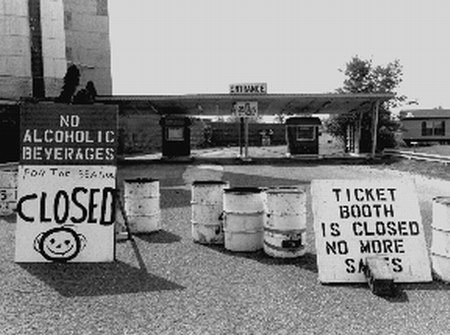 Mt Clemens Drive-In Theatre - TICKET BOOTHS 1996