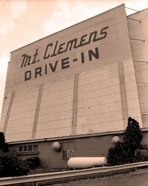 Mt Clemens Drive-In Theatre - FROM MICHIGAN DRIVEINS