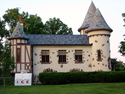 CURWOOD CASTLE OWOSSO