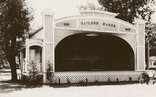 GAYLORD BAND STAND