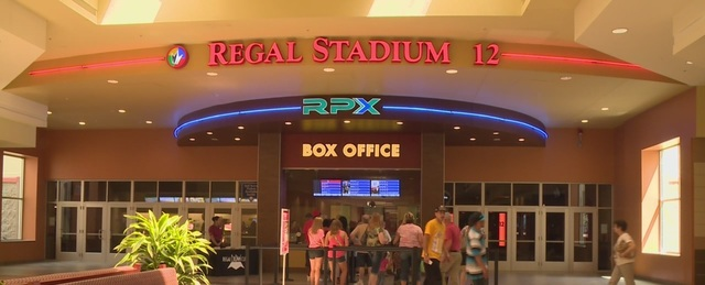 Regal Lansing Mall Stadium 12 & RPX - MAIN ENTRANCE